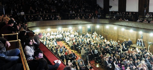 Hor i Simfonijski orketsar RTS-a održaće koncert u Zadužbini Ilije Kolarca u četvrtak 21. februara sa početkom u 20h.